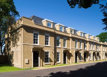 Sir Thomas Lipton, 151 Chase Side, Southgate, London N14. 2 bed mews house for sale