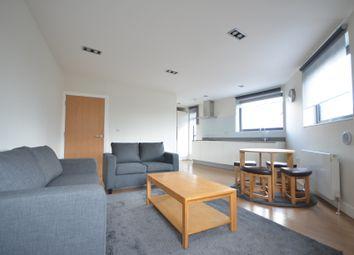3 bed flat to rent in Fern Street, London E3