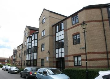 Thumbnail 1 bed flat to rent in Swan Place, Holybrook, Reading