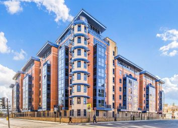 Thumbnail 3 bed flat for sale in Charter House, Canute Road, Southampton