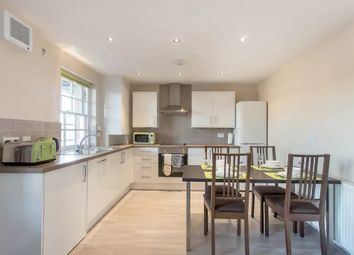 Thumbnail 3 bed flat to rent in Clarendon Street, London