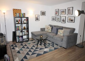 Thumbnail 2 bed flat to rent in Deals Gateway, London