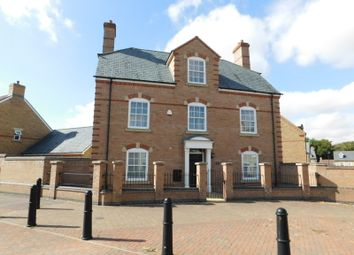 Thumbnail 6 bed detached house for sale in Bronte Avenue, Fairfield, Hitchin