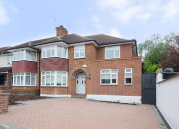 Thumbnail 5 bed property to rent in Beverley Gardens, Wembley