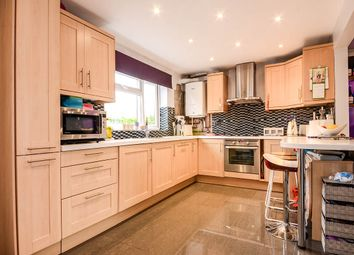 2 bed terraced house for sale in Turners Hill, Hemel Hempstead, Hertfordshire HP2