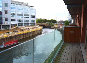 2 bed flat to rent in Watermans Place, Granary Wharf, Leeds LS1