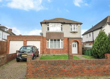 3 bed property for sale in Restons Crescent, London SE9