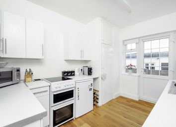 Thumbnail 2 bed maisonette for sale in Friern Park, North Finchley