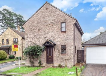 Thumbnail 3 bed detached house to rent in East Stratton Close, Bracknell