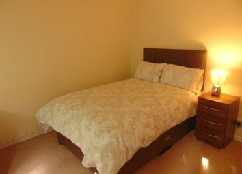 Thumbnail 6 bed shared accommodation to rent in Brighton Road, Crawley