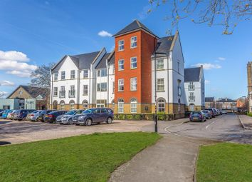 2 bed property for sale in Coldstream Road, Caterham CR3
