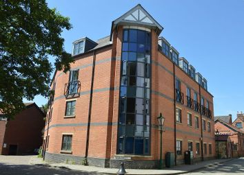 Thumbnail 2 bed property to rent in Swan Street, Lincoln