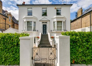 Cavendish Road, London NW6. 2 bed flat
