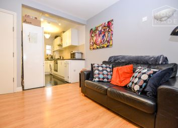 Thumbnail 1 bed flat to rent in Pentonville Road, Islington