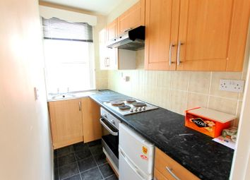 Thumbnail 1 bed flat to rent in Brading Road, Brighton