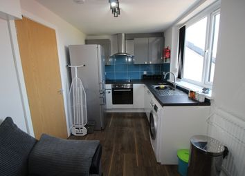 Thumbnail 3 bed shared accommodation to rent in Hawkins Street, Preston