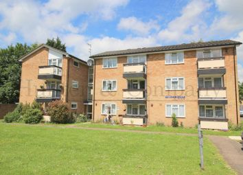 Thumbnail 1 bed flat to rent in Pendleton Road, Redhill