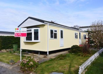 Thumbnail 2 bedroom mobile/park home for sale in Fleet End Road, Warsash, Southampton