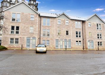 Thumbnail 2 bed flat to rent in Clarence Drive, Harrogate
