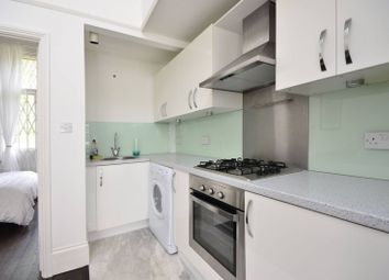 Thumbnail 1 bed flat for sale in Frognal, Hampstead
