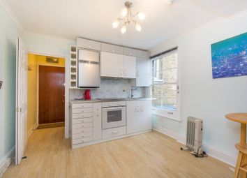 Thumbnail 1 bed flat to rent in Berrylands Road, Surbiton