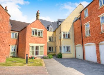 Thumbnail 2 bed flat to rent in Station Road, Moreton-In-Marsh