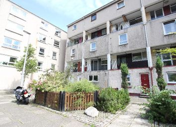 Thumbnail 2 bed flat to rent in Viewcraig Gardens, Newington, Edinburgh