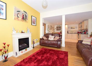 West Cliff Road, Ramsgate, Kent CT11. 1 bed flat