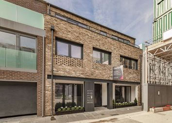 Thumbnail 3 bedroom property for sale in King's Mews, London