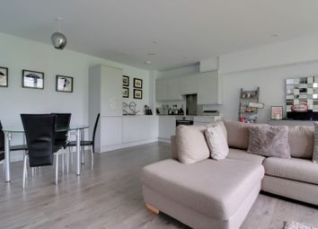 Thumbnail 2 bed flat for sale in Angus Court, Thame