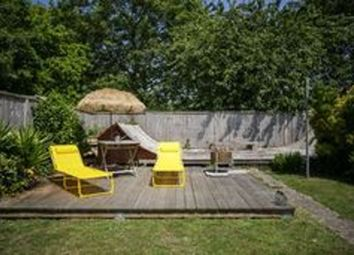 Lyndhurst Road, Romney Marsh TN29. 4 bed detached bungalow