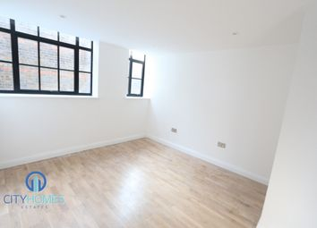 Thumbnail 1 bed flat to rent in 74 Oakfield Road, Walthamstow