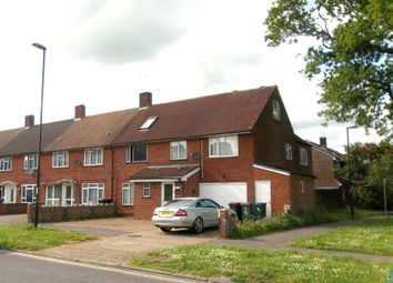 Thumbnail 5 bed shared accommodation to rent in Kilnmead, Crawley