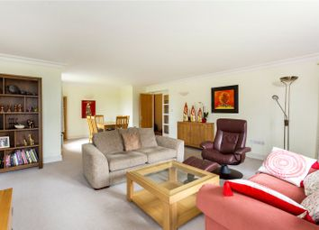 St Mary's Mount, Caterham, Surrey CR3. 2 bed flat