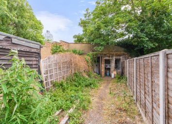 Tanners Hill, Deptford, London SE8. 2 bed terraced house