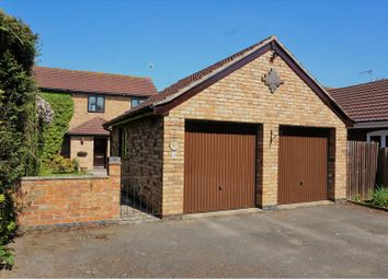 Thumbnail 3 bed town house for sale in Spinney Drive, Leicester