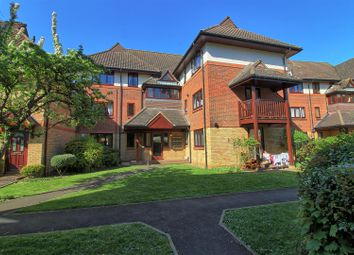 2 bed flat to rent in Star Holme Court, Star Street, Ware SG12