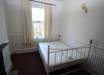 Thumbnail Room to rent in Victoria Road North, Southsea