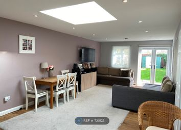 Thumbnail 2 bed flat to rent in Pond Meadow, Guildford