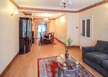 Thumbnail 3 bed property to rent in Gantshill Crescent, Ilford