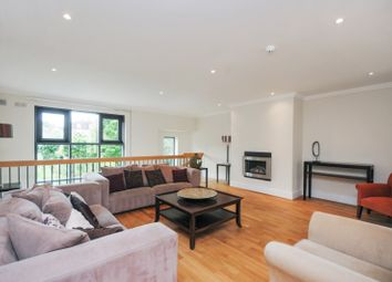 Thumbnail 4 bed town house to rent in Tallow Road, Brentford, London