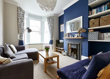 Thumbnail 2 bed flat for sale in Raleigh Road, London