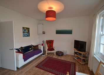 Thumbnail 2 bed flat to rent in Lordship Road, Stoke Newington