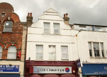 Thumbnail 1 bed flat to rent in Coombe Road, New Malden
