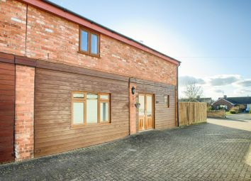 3 bed property for sale in Main Street, Offenham, Evesham WR11