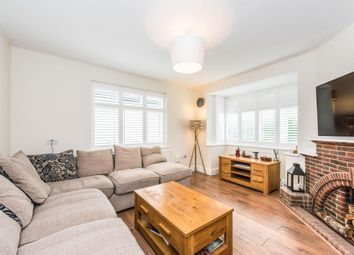 Thumbnail 2 bed detached bungalow to rent in Alwyn Road, Maidenhead