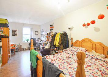 Thumbnail 3 bedroom flat to rent in Upper Tollington Park, London