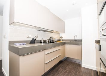 Thumbnail 1 bed flat to rent in Catalina House, Goodmans Fields, London