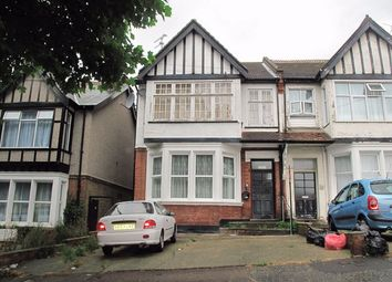 Thumbnail 1 bed flat to rent in Manor Road, Westcliff On Sea, Essex