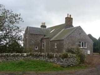 Thumbnail 4 bed farmhouse to rent in Rhynd, Perth